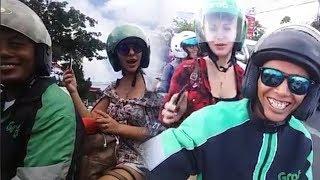 Video Terjebak Macet saat Naik Ojol di Bali, Bule Cantik Rusia Lakukan Hal tak Terduga di Atas Motor MP3, 3GP, MP4, WEBM, AVI, FLV Desember 2017