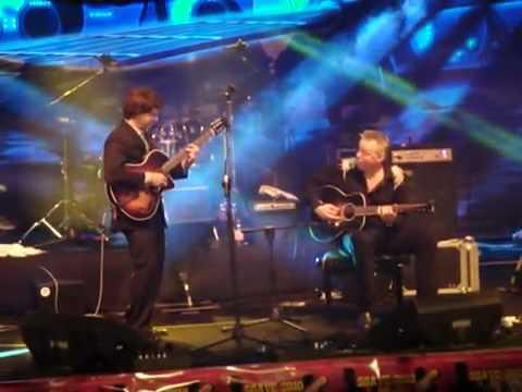 Frank Vignola and Tommy Emmanuel - Soave Guitar Festival 2010