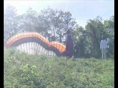 Parapente: voozinho em Capitão Enéas - MG