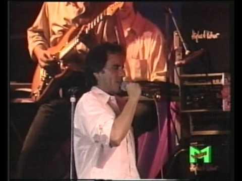 , title : 'ROBERTO VECCHIONI - VELASQUEZ (LIVE)'