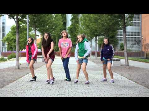 Kids dancing on the street  • Crew: First Class • Dance Show Video by Gammabit Films