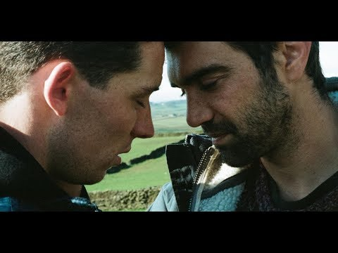 MELHOR FILME GAY DO ANO ''God's Own Country'' FILME GAY COMPLETO (Link Na Desc.)