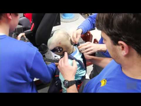 ADAC - Crash Test - Winter clothes and belt