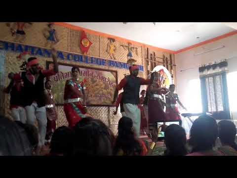 Video Bholi Suratiya - Mahu Diwana Tanhu Diwani - Chhattisgarhi Folk Song Dance download in MP3, 3GP, MP4, WEBM, AVI, FLV January 2017