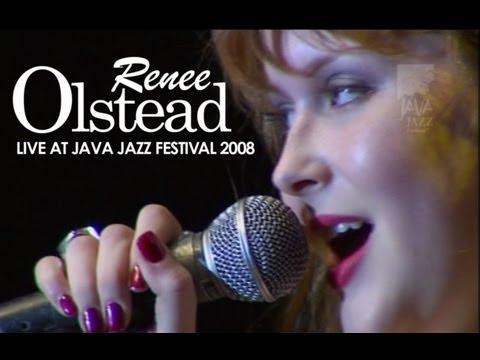 Tekst piosenki Renee Olstead - My Baby Just Cares For Me po polsku