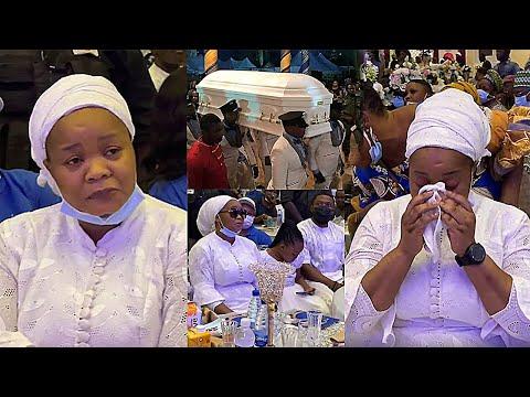 Bimbo Oshin In Tears At Her Husband's Burial Ceremony, Tope Alabi & All Yoruba Actress Comforts Her