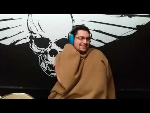The Rumble of Skulls - Jak bubeníček nosil deku po babičce