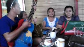 Holan Ho - Silitonga Sisters feat Family Video