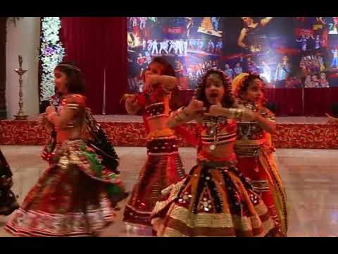 Video Radha dhundh rahi kisi ne mera shyam dekha/ radha krishna dance/ kids dance on bhajan/ janamashtmi d download in MP3, 3GP, MP4, WEBM, AVI, FLV January 2017