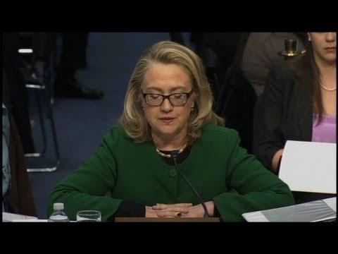 Clinton met en garde face au terrorisme en Afrique du Nord