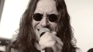 Video ALTER EGO- BACK TO ROCK & ROLL (OFFICIAL MUSIC VIDEO)