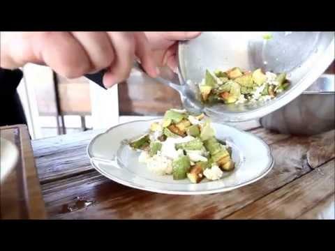 סלט טחינת אלארז עם קישואים וכרובית