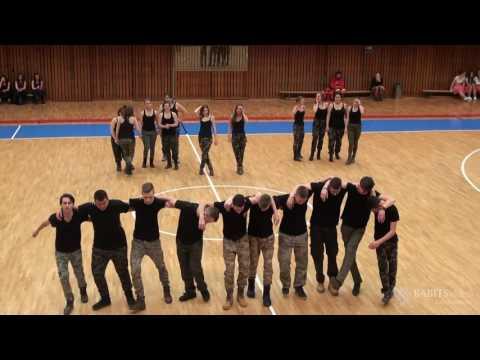 12.A osztály szalagavató tánca42235
