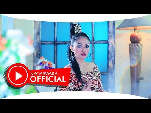 Video Siti Badriah - Satu Sama (Official Music Video NAGASWARA) #music download in MP3, 3GP, MP4, WEBM, AVI, FLV January 2017