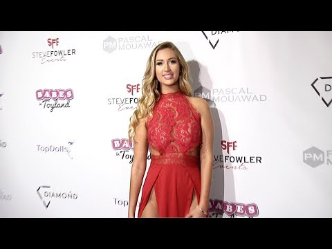 "Taylor Ray 2018 Babes in Toyland ""Holiday Toy Drive"" Red Carpet"