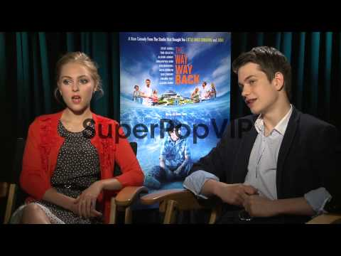 INTERVIEW - AnnaSophia Robb and Liam James on filming in ...