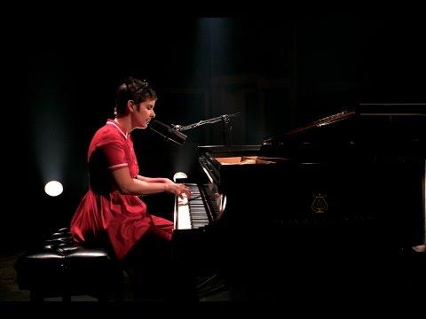 Klô Pelgag chante L'amitié de Françoise Hardy