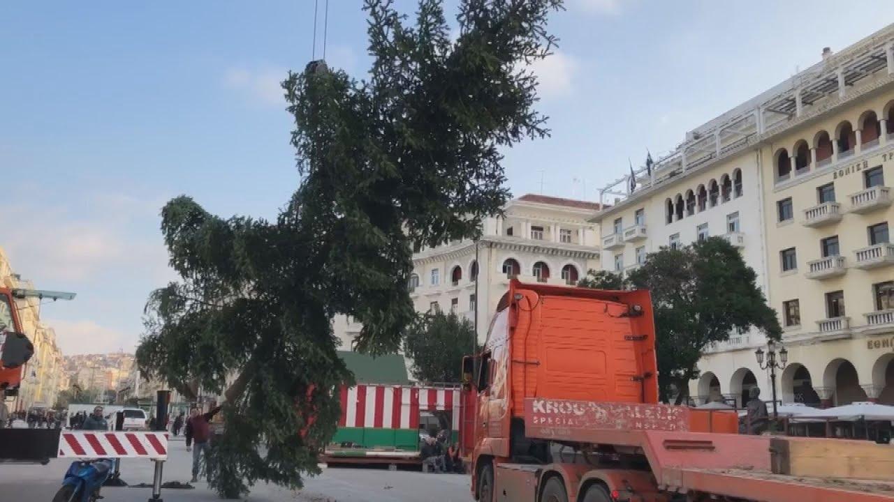 Σε χριστουγεννιάτικους ρυθμούς η Θεσσαλονίκη