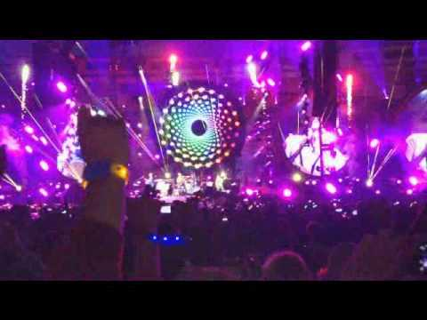 Coldplay - Hurts like heaven (Madrid 20-5-2012)