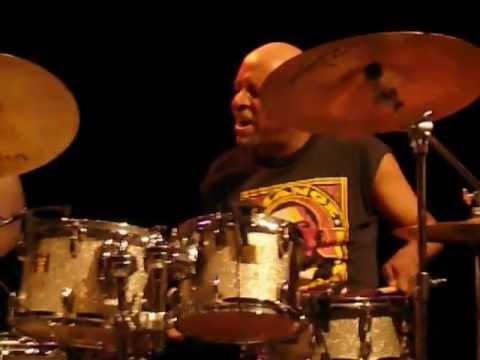 JT Lewis, Herve Samb & Melvin Gibbs live in Porgy & Bess, Vienna 2009