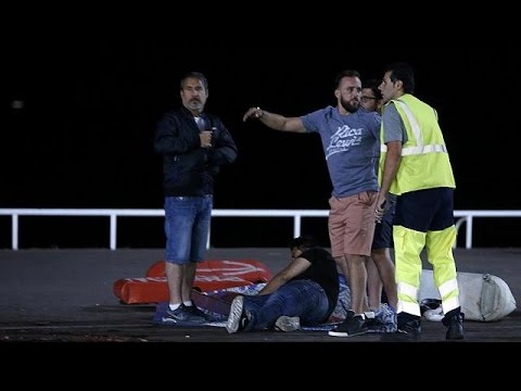 Μαρτυρίες από το μακελειό της Νίκαιας: Ολιγωρία, πανικός, προμελετημένη ενέργεια