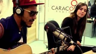 Manuel Medrano le canta Una y otra vez a Paulina Vega