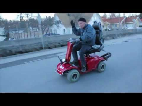 Opa gibt Gas: Extreme Scooter