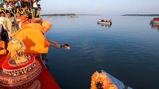 Bharuch India  city images : HH Pramukh Swami Maharaj's Asthipushpa Visarjan, Bharuch, India