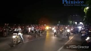 Video Suporter PSM Makassar OTW Mess Pemain PSM Malam-malam, Rabu (01/11). MP3, 3GP, MP4, WEBM, AVI, FLV November 2017