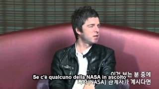 """Download Lagu (sottot.) Angry Noel Gallagher: """"Fuck the fucker who ruined my jacket!"""" - South Korea SONY interview Mp3"""