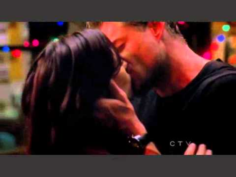 Grey's Anatomy Mark and Lexie the kiss 7x10