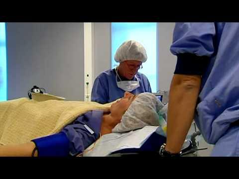 RTL 4 Gewoon Mooier - Borstvergroting - Seizoen3 Aflevering 3 bij Bergman Clinics