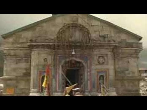 Video See Kedarnath temple, hit by boulders as big as cars download in MP3, 3GP, MP4, WEBM, AVI, FLV January 2017