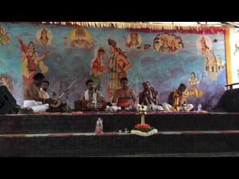 Video Smitha smitha sundara live bhajan by