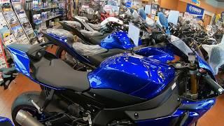 8. YAMAHA YZF-R1 blue 2018