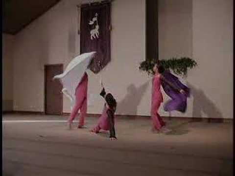 Danza con mantos
