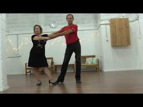 שיעור בריקודים סלוניים: רומבה למתקדמים