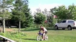 Nonton Ngã lộn cổ khi nhảy cầu bằng xe đạp Film Subtitle Indonesia Streaming Movie Download