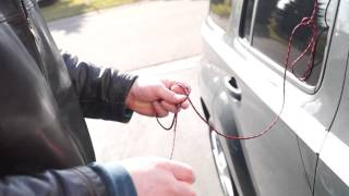 Video How to unlock a  car with a string (this really works) MP3, 3GP, MP4, WEBM, AVI, FLV November 2017