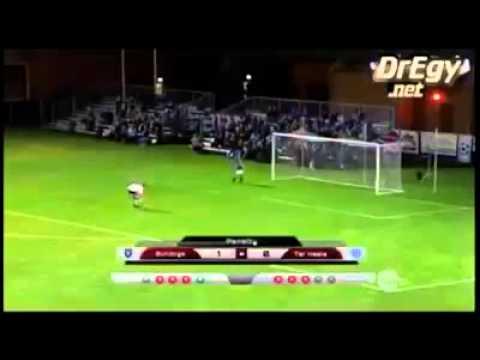 Самый смешной пенальти в истории футбола - DomaVideo.Ru