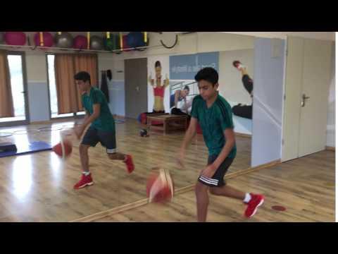 יציבה דינאמית לכדורסל