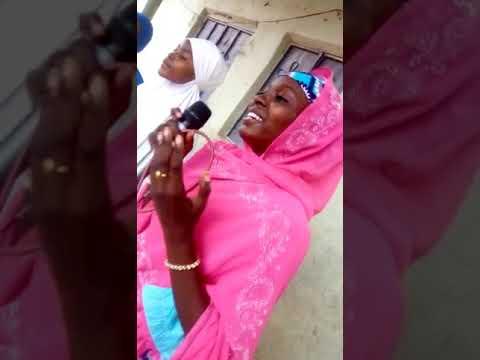 Sabon videon Zainab Ambato Dakai nafake a wajen majalasi