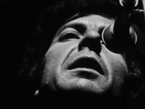 Leonard Cohen - The Partisan (live in France, 1970)