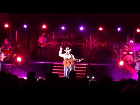 Cody Johnson- On My Way To You (live In College Station 8/25/18)