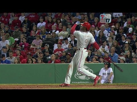 Video: PHI@BOS: Brown's home run cuts into the Boston lead