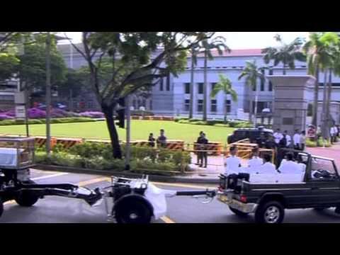 Đưa linh cữu ông Lý Quang Diệu tới Quốc hội