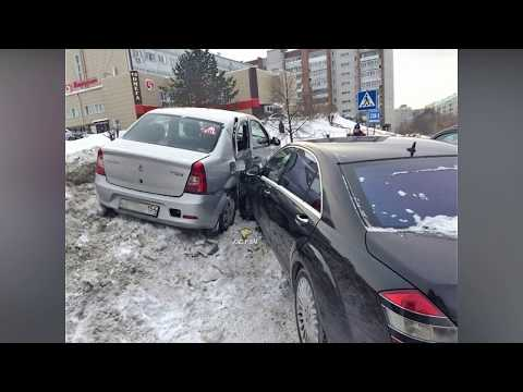 Таксист не пропустил Mercedes Benz S Klasse