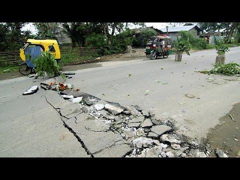Φονικός σεισμός 6,7 ρίχτερ συγκλόνισε τις Φιλιππίνες