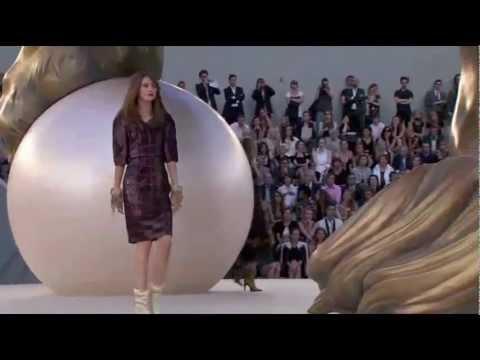 Chanel Haute Couture Fall/Winter 2010/2011 (видео)