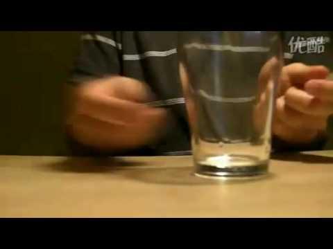 超級神人拿筆敲桌子+玻璃杯也可以製作音樂!!